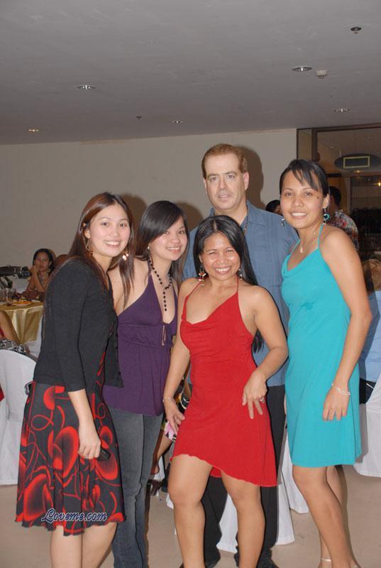 Philippine girls tour ...